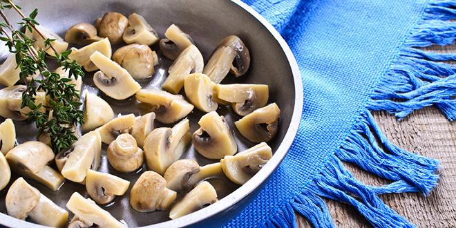 Thyme roasted mushrooms