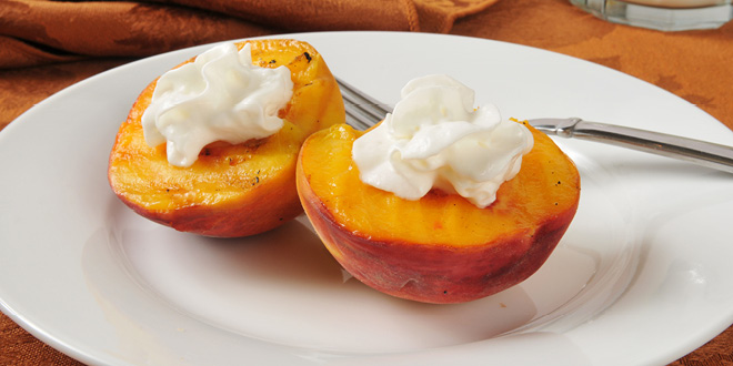 Sugar free grilled peaches