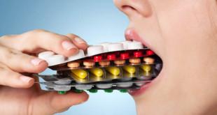 pills-mouth-w